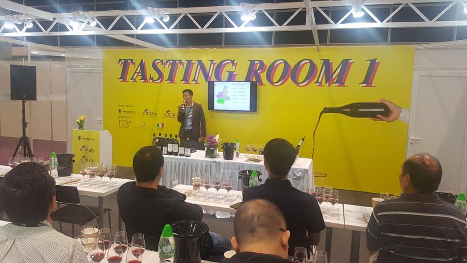 wine-spirits-hong-kong-2018-01
