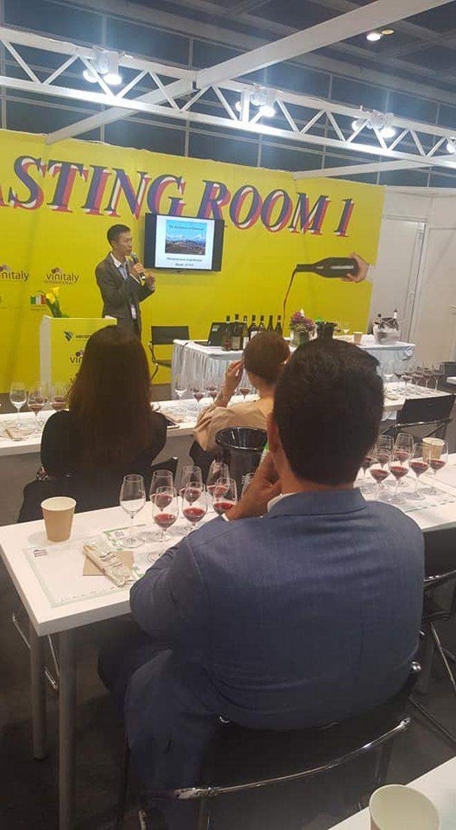 wine-spirits-hong-kong-2018-04
